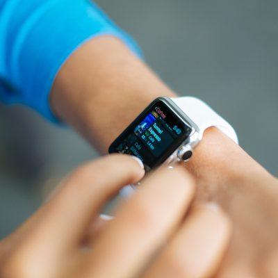 smart-watch-821565_1920